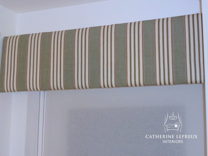 Curtain maker Edinburgh soft furnishings padded pelmet with roller blind behind
