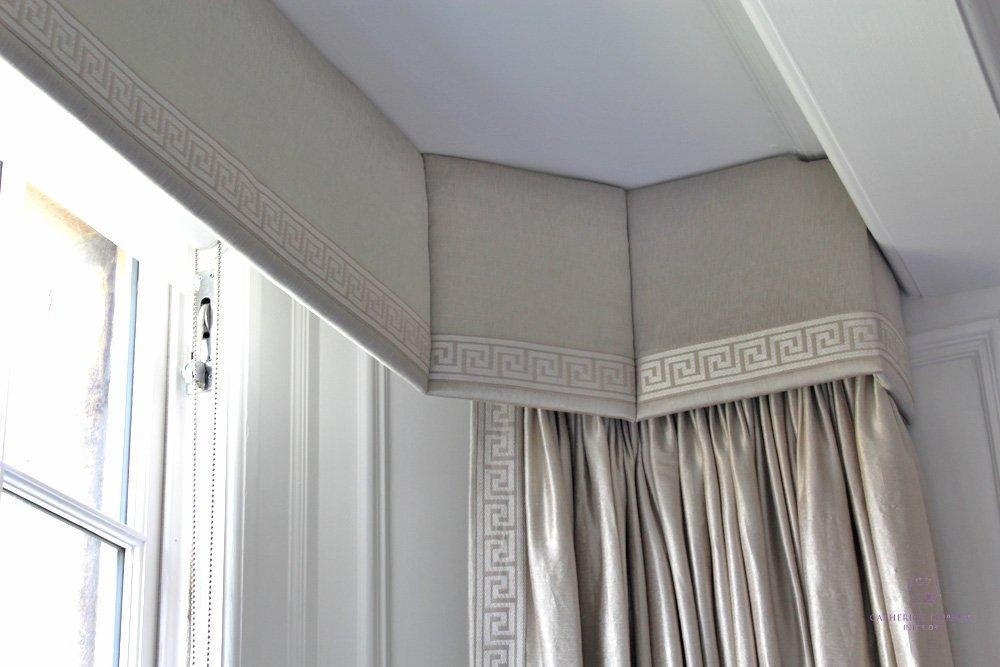 bespoke pelmet shaped to fit traditional window mouldings Edinburgh