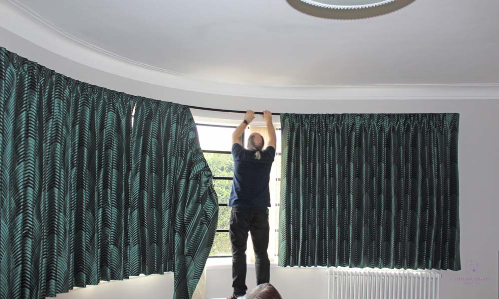 Curtain fitter bespoke curved metropole bow Crittall window