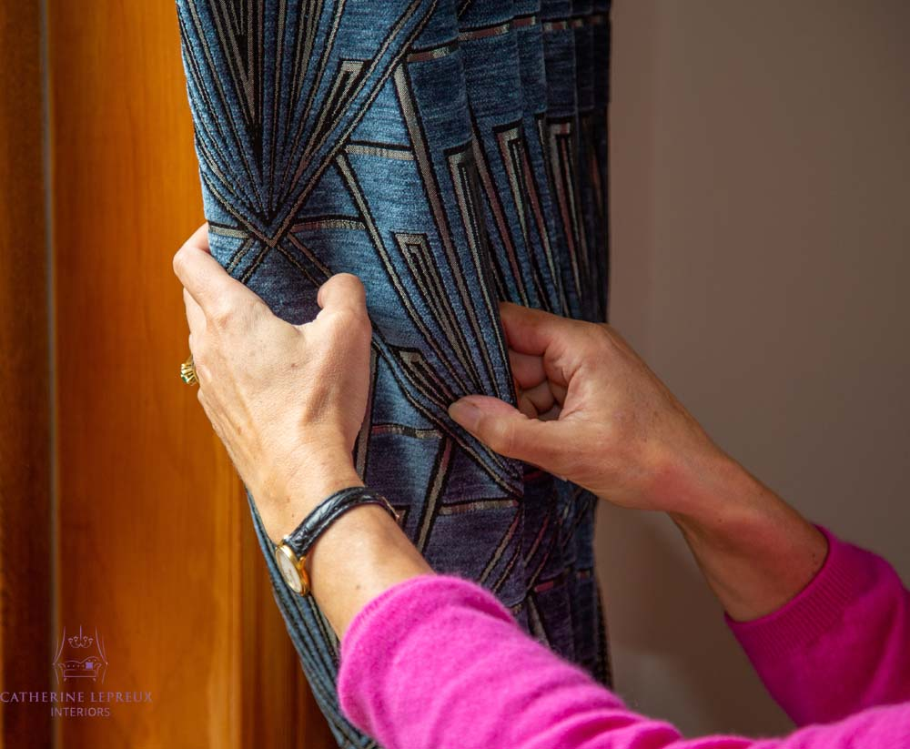 placing the pattern of the curtains on the pleats